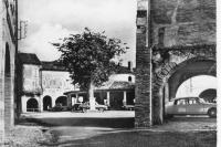 CPA-Auvillar-Halle-46
