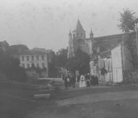 procession15-18-1900-1